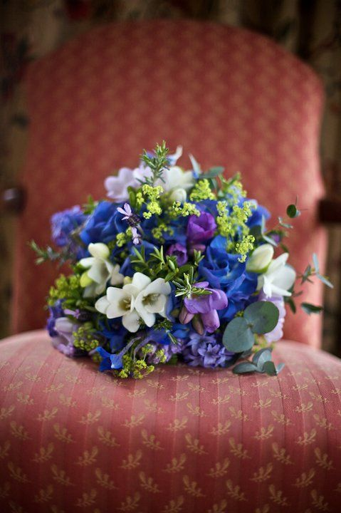 Bridal Boquet - Putney - by Ian McGraw LBIPP