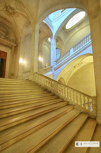 Louvre Staircase - Ian McGraw LBIPP