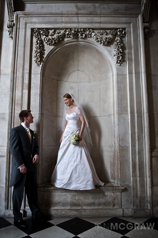 Bride & Groom - St Paul's - London - Ian McGraw LBIPP